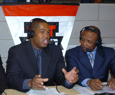 Jerry Bembry calling an ESPNU game with Charlie Neal.